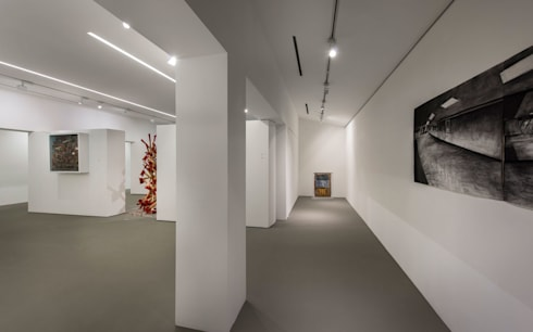Fost Art Gallery:  Exhibition centres by MinistryofDesign