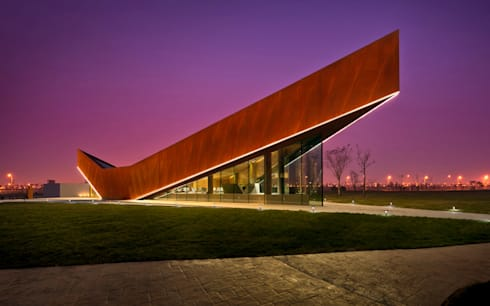 Vanke Triple V Gallery:  Exhibition centres by MinistryofDesign
