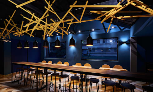 色彩的跳脫。:  餐廳 by 有偶設計 YOO Design