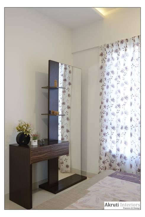 Kids Bed:  Dressing room by Akruti Interiors Pune