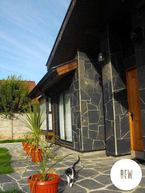 CASA WT: Casas de estilo rústico por REW. Arquitectura & Diseño