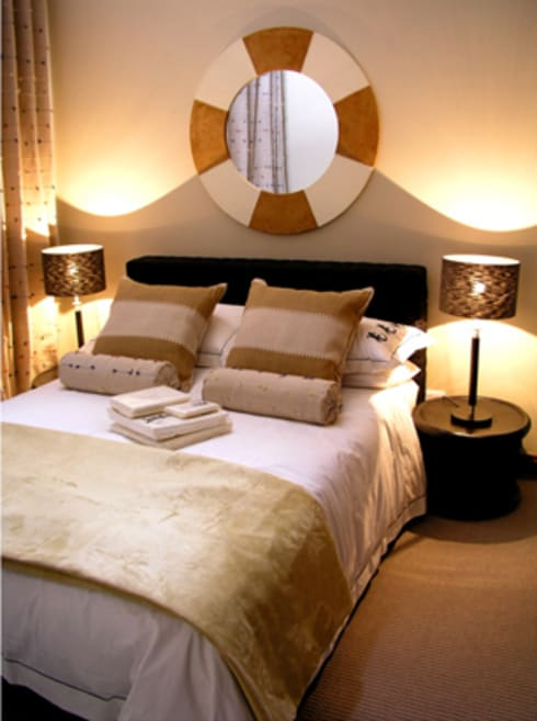 Nondela 1: eclectic Bedroom by Full Circle Design