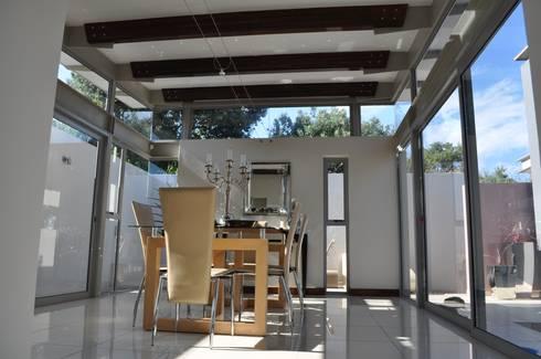 Ballito House KZN: modern Dining room by Karel Keuler Architects