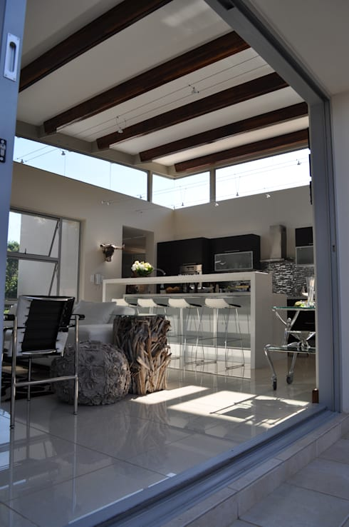 Ballito House KZN: modern Living room by Karel Keuler Architects