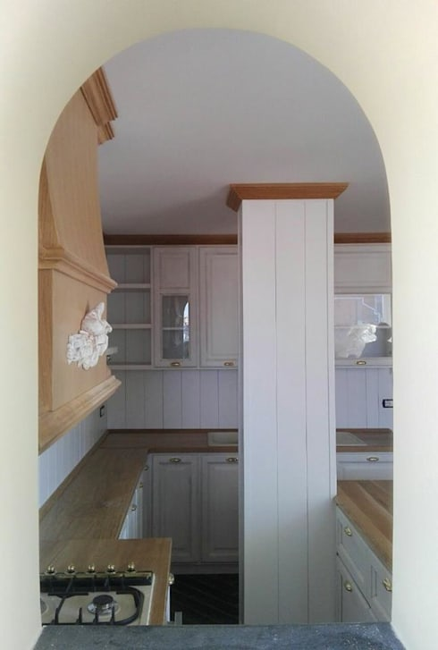 appartamento a napoli di falegnameria grelli danilo | homify - Cucine Particolari Napoli