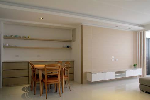 Tranquil:  餐廳 by 築一國際室內裝修有限公司