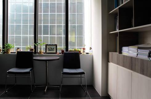 Li&Cai Intellectual Property Office (LCIP) :  辦公室&店面 by 築一國際室內裝修有限公司