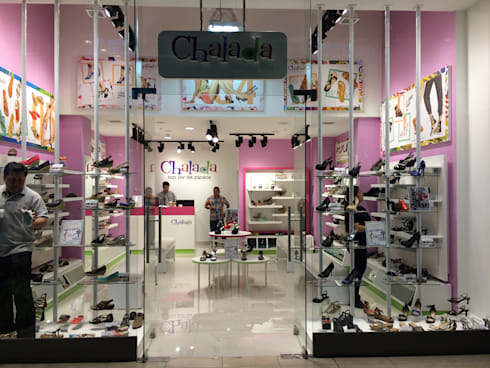 Remodelación Chalada Plaza Oeste: Centros Comerciales de estilo  por Super A Studio