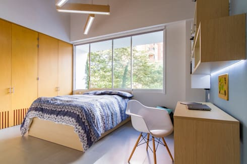 Casa mediterránea: Habitaciones de estilo moderno por Adrede Diseño