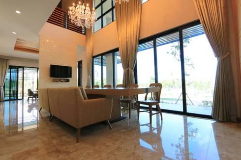 บ้านพักอาศัย 2 ชั้น (AR-015):   by บริษัท อเรย์ คอนสทรัคท์ชั่น จำกัด