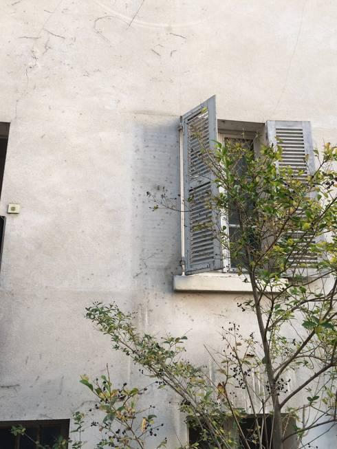 Saint Paul - Exterieur: Fenêtres de style  par Atelier d'architecture ASTA