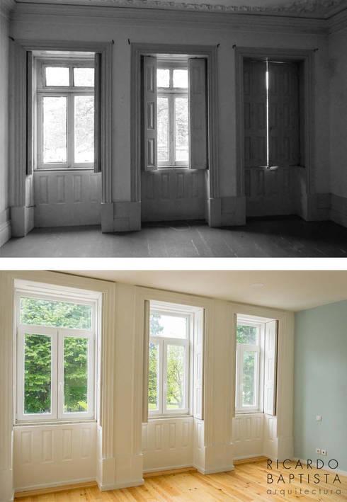Sala de Estar (antes e depois):   por Ricardo Baptista, Arquitecto