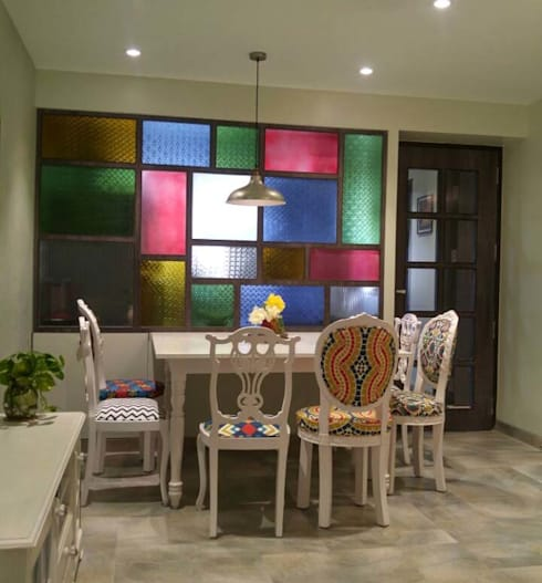 Home projects:  Dining room by Zeba India Pvt. Ltd.