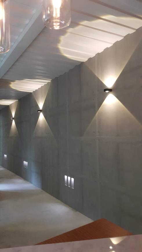Коммерческие помещения в . Автор – 石方室內裝修有限公司