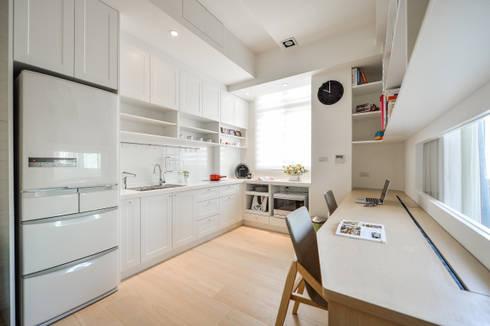 光燦處處:  廚房 by 存果空間設計有限公司