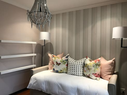 Kids Bedroom: modern Nursery/kid's room by Candice Woodward Interiors cc