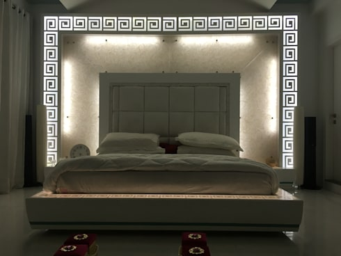 Backlit effect: modern Bedroom by SA Architects