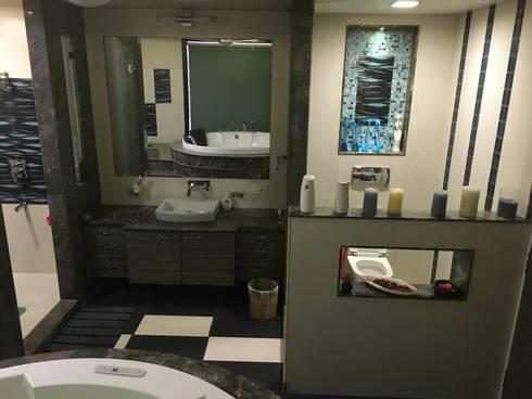 Basin counters: modern Bathroom by SA Architects