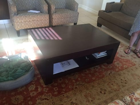 Lounge - coffee table:   by Candice Woodward Interiors cc