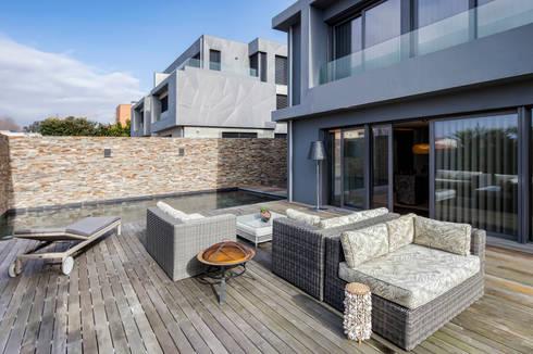 Patios & Decks by INAIN Interior Design