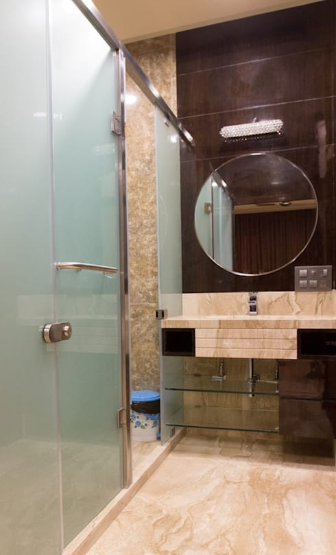 Singh Bunglow - Kalyan:  Bathroom by Aesthetica