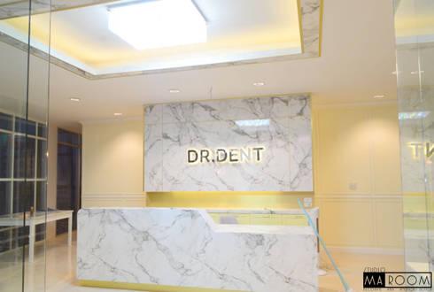 การออกแบบและตกแต่งภายใน คลีนิคทำฟัน:  ตกแต่งภายใน by Studio Ma_room decrorate and design