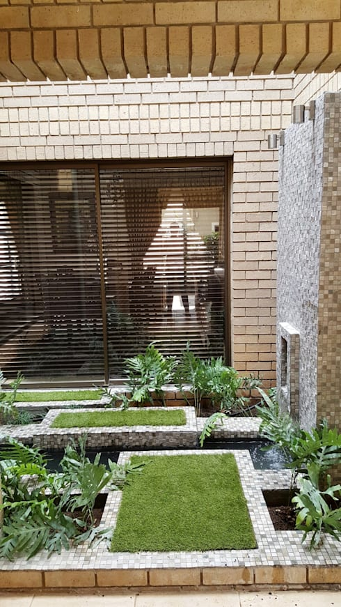 New driveway for Nkateko and Liesel: modern Garden by Gorgeous Gardens