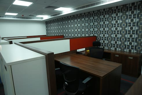 Jakson Power:  Office buildings by hlk infrastructure pvt ltd