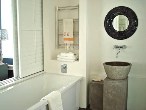 Custom stone vanity: eclectic Bathroom by Turquoise