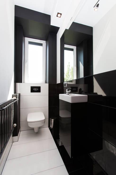 Toaleta w nowej odsłonie: styl , w kategorii  zaprojektowany przez in2home