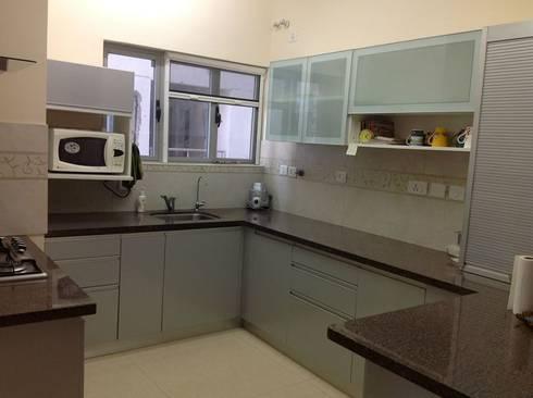 MODULAR KITCHEN IN FARIDABAD: asian Kitchen by MAJESTIC INTERIORS