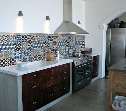 Wall stickers: mediterranean Kitchen by Turquoise