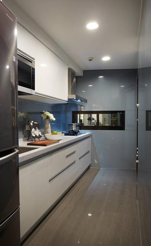 弘悅國際室內裝修有限公司が手掛けたキッチン