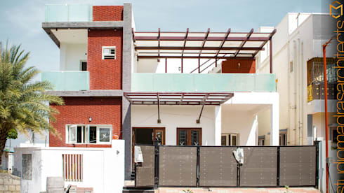 Frontage: minimalistic Houses by Studio Madras Architects