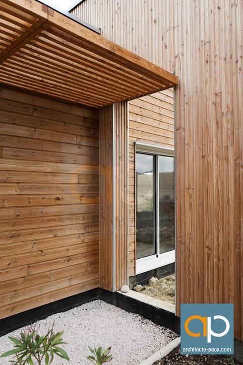 Maison contemporaine Ossature Bois - LANTA von Pascal CAMLITI ...