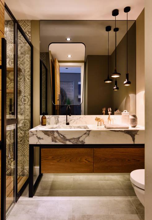Baños de estilo  por Esra Kazmirci Mimarlik