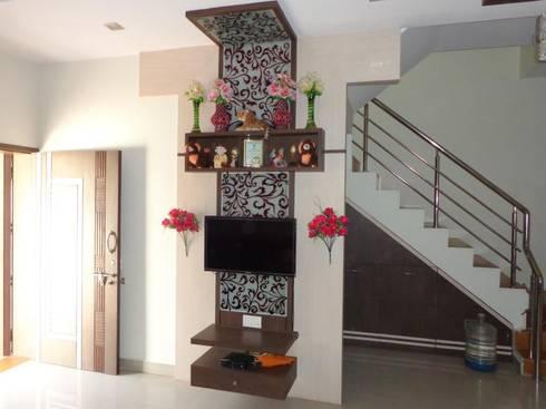 damka village: modern Living room by SHUBHAM CONSULTANT & INTERIOR DESIGNING