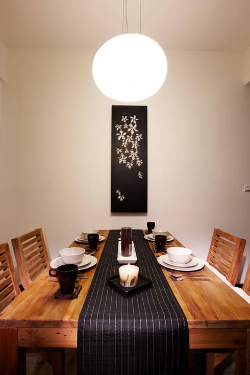 木質的紋理簡單清爽卻穩重:  餐廳 by 弘悅國際室內裝修有限公司