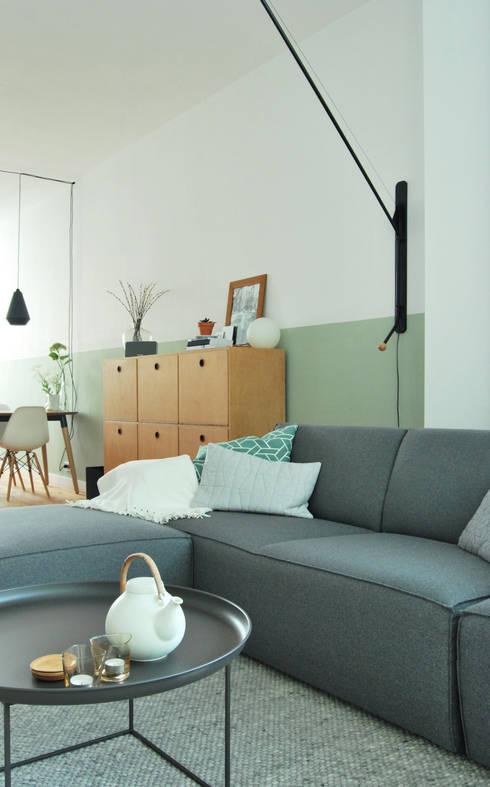 Woonkamer:  Woonkamer door Atelier Perspective Interieurarchitectuur