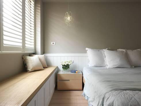 溫馨鄉村風:  臥室 by 木皆空間設計