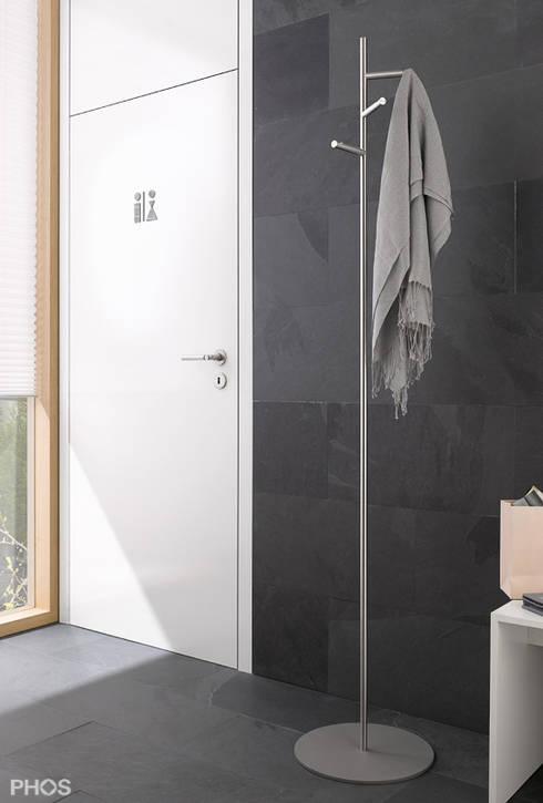 kleiderst nder und garderobenst nder in edelstahl design von phos design gmbh homify. Black Bedroom Furniture Sets. Home Design Ideas
