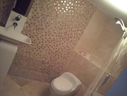 Baño de Visitas: Baños de estilo moderno por Tu Obra Maestra