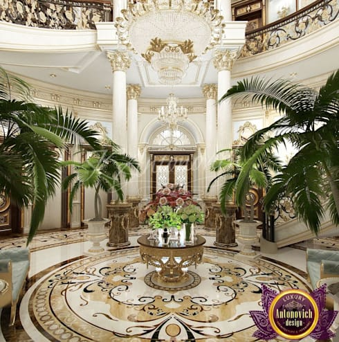 House Design in Kenya from Katrina Antonovich:  Corridor & hallway by Luxury Antonovich Design