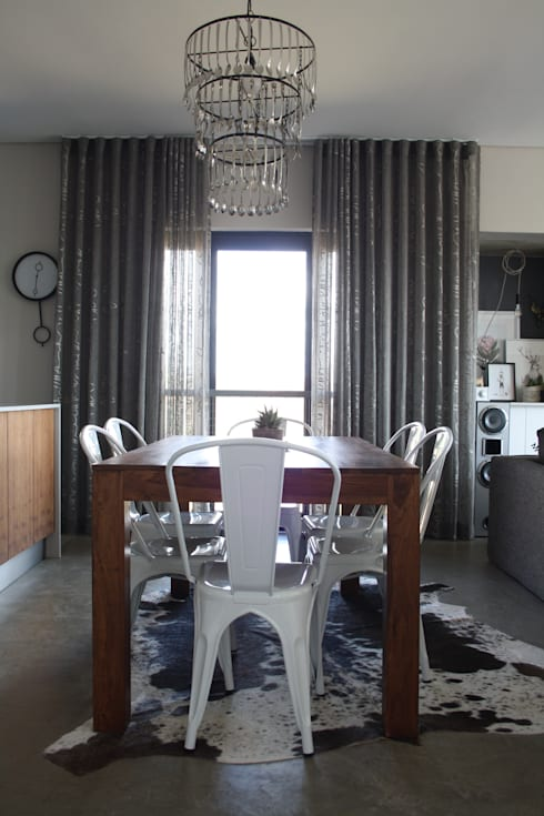 2: modern Dining room by Duvenci Interiors