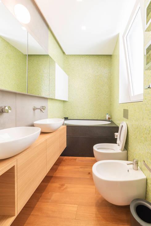 Projekty,  Łazienka zaprojektowane przez cristina bisà