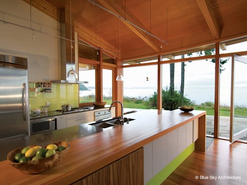 modern Kitchen by Helliwell + Smith • Blue Sky Architecture