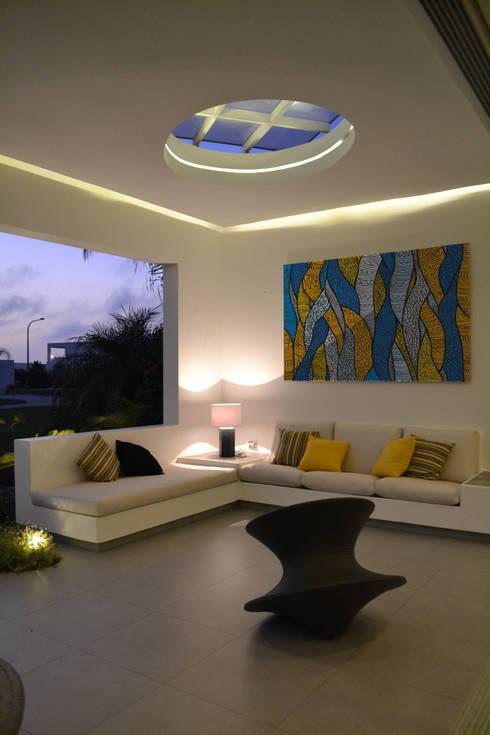 Terraza primer piso: Terrazas de estilo  por DMS Arquitectas