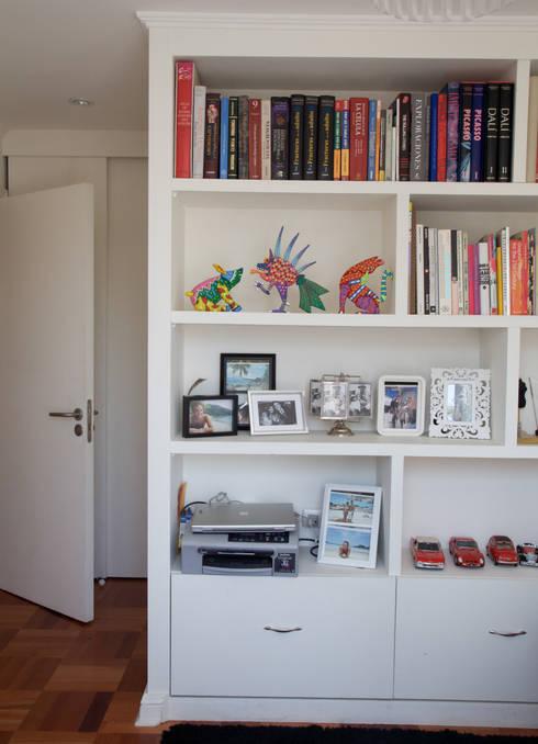 Dormitorio: Dormitorios de estilo  por RENOarq