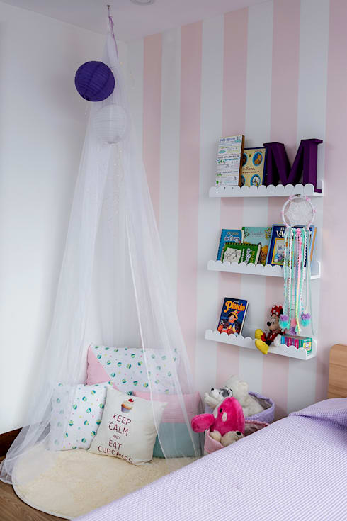 Cuarto de Maria del Mar y Maria Antonia: Habitaciones infantiles de estilo  por Little One