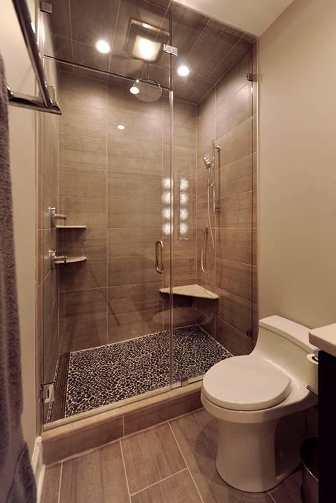 Modern Bathroom With Large Shower: modern Bathroom by Olamar Interiors, LLC